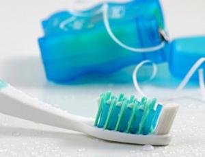 Osnovni set za održavanje oralne higijene